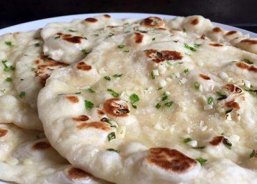 Easy Flat Bread Garlic Naan